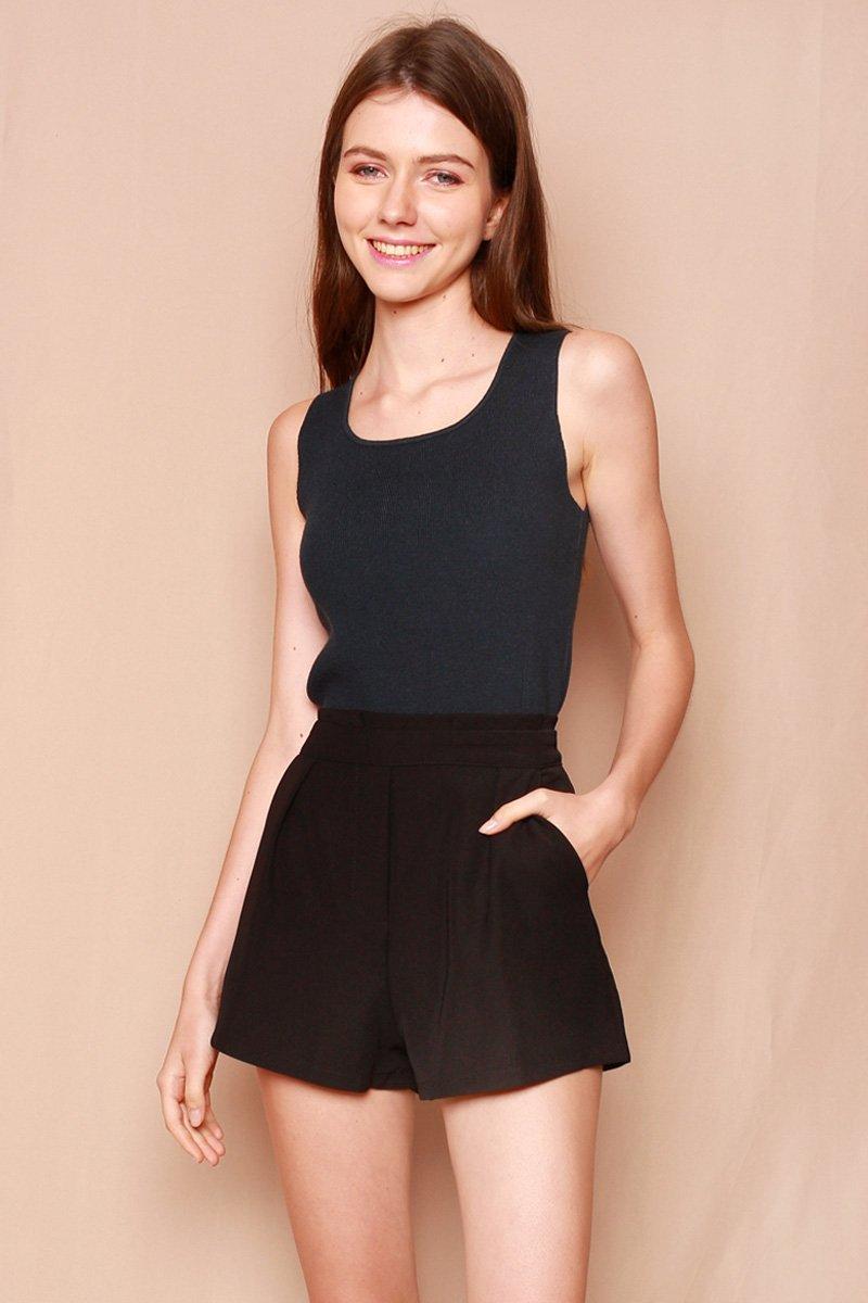 Kezia Paperbag Shorts Black