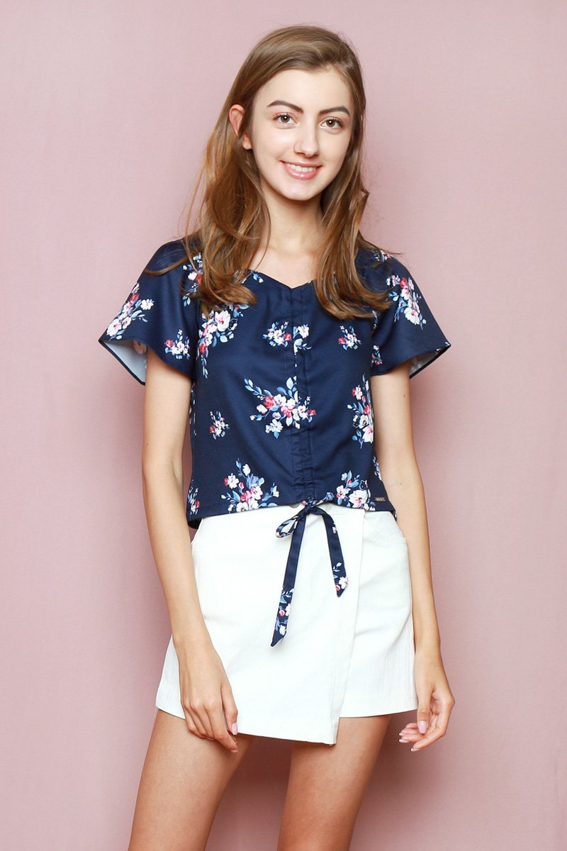 Hello Kitty Front Ruched Top Midnight