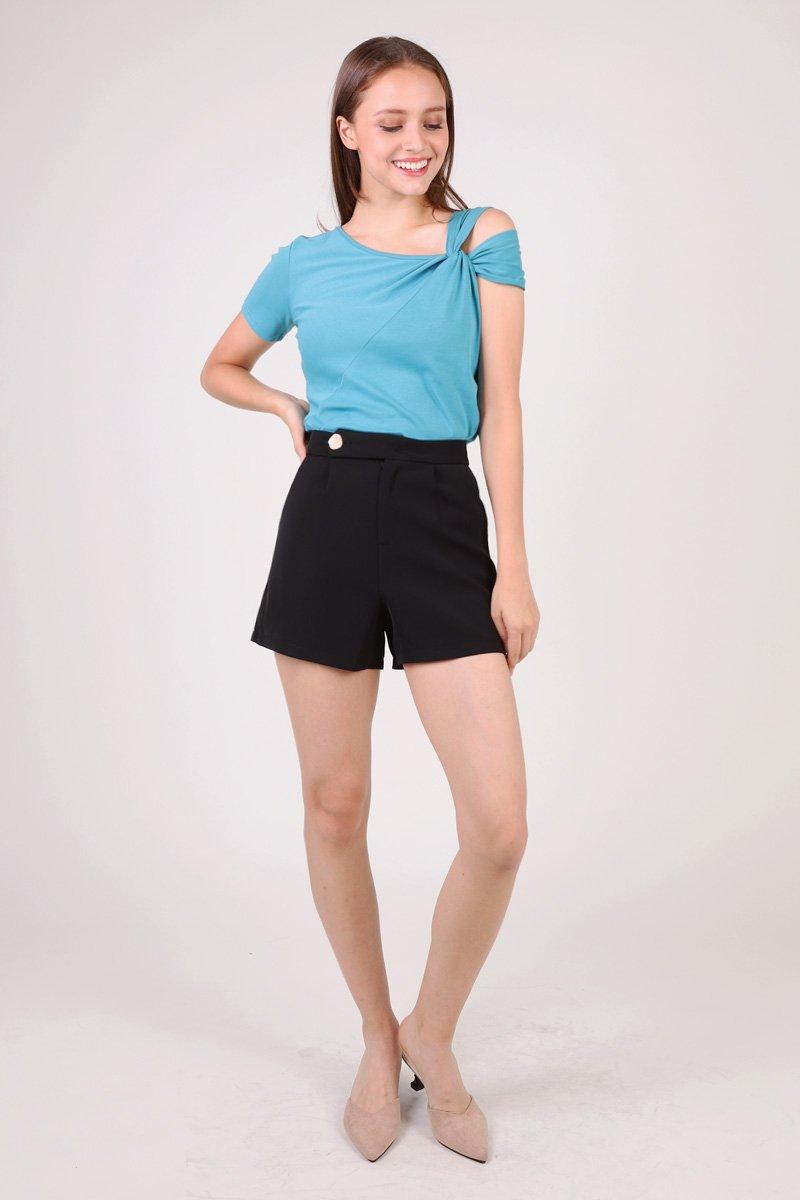 Lorna Textured Button Shorts Black