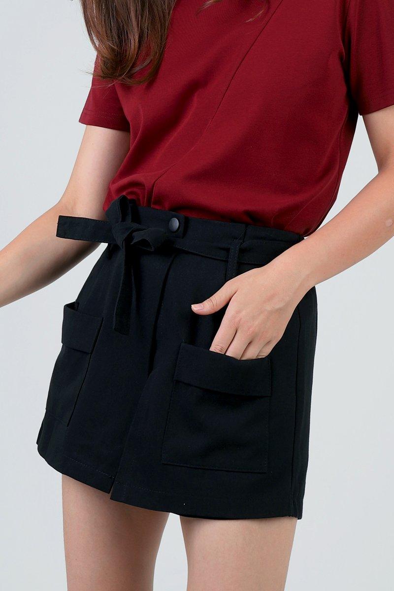Damita Overlap Shorts Black