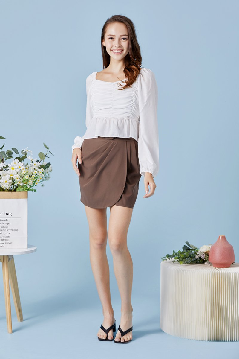 Reign Ruffled Ruched Top Ivory