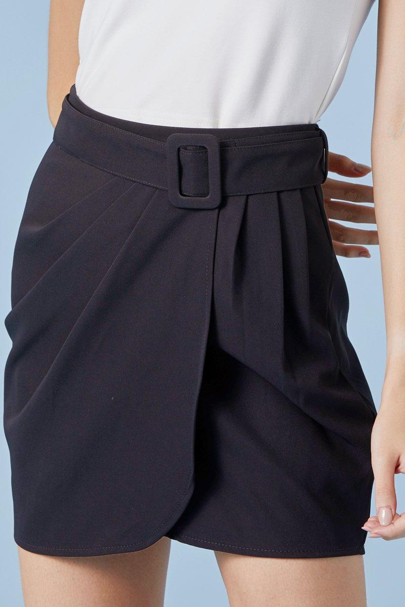 Brynleigh Overlapped Pleated Skirt Black