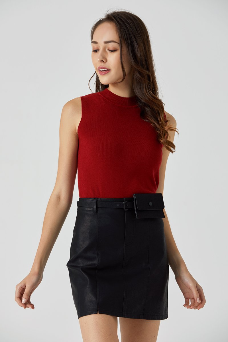Camber Mock Neck Knit Top Wine