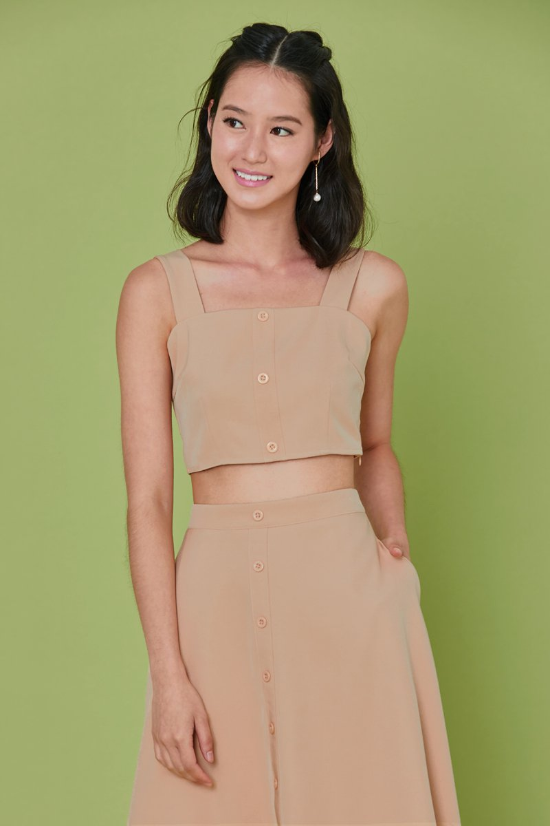 Bevery Button Crop Tank Top Nude