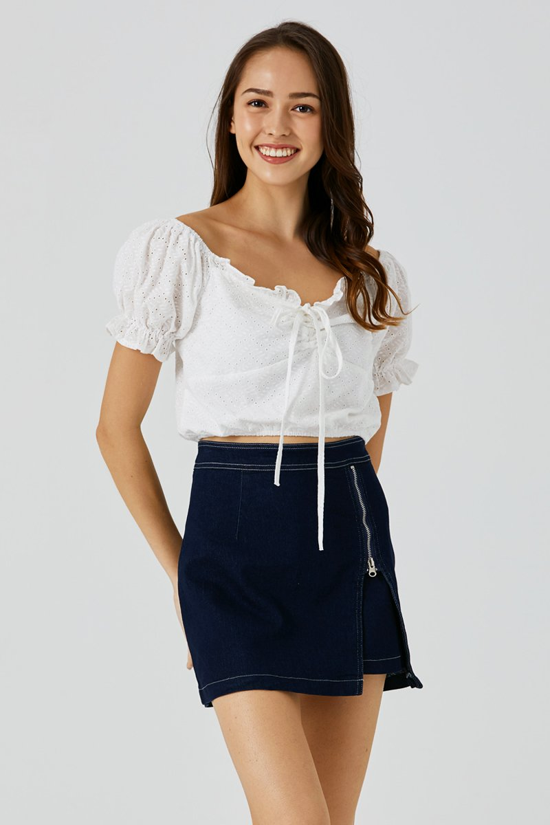 Camilia Eyelet Embroidery Top Ivory