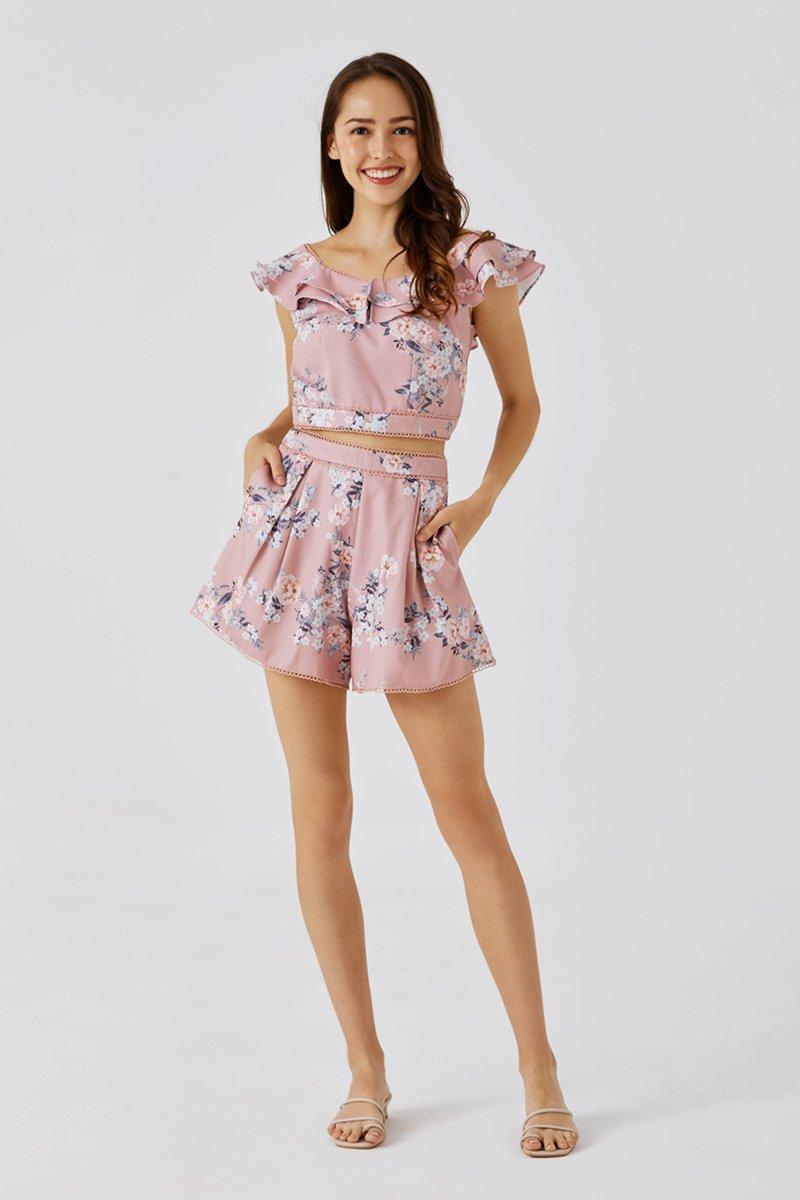 Amoura Flare Shorts Blush
