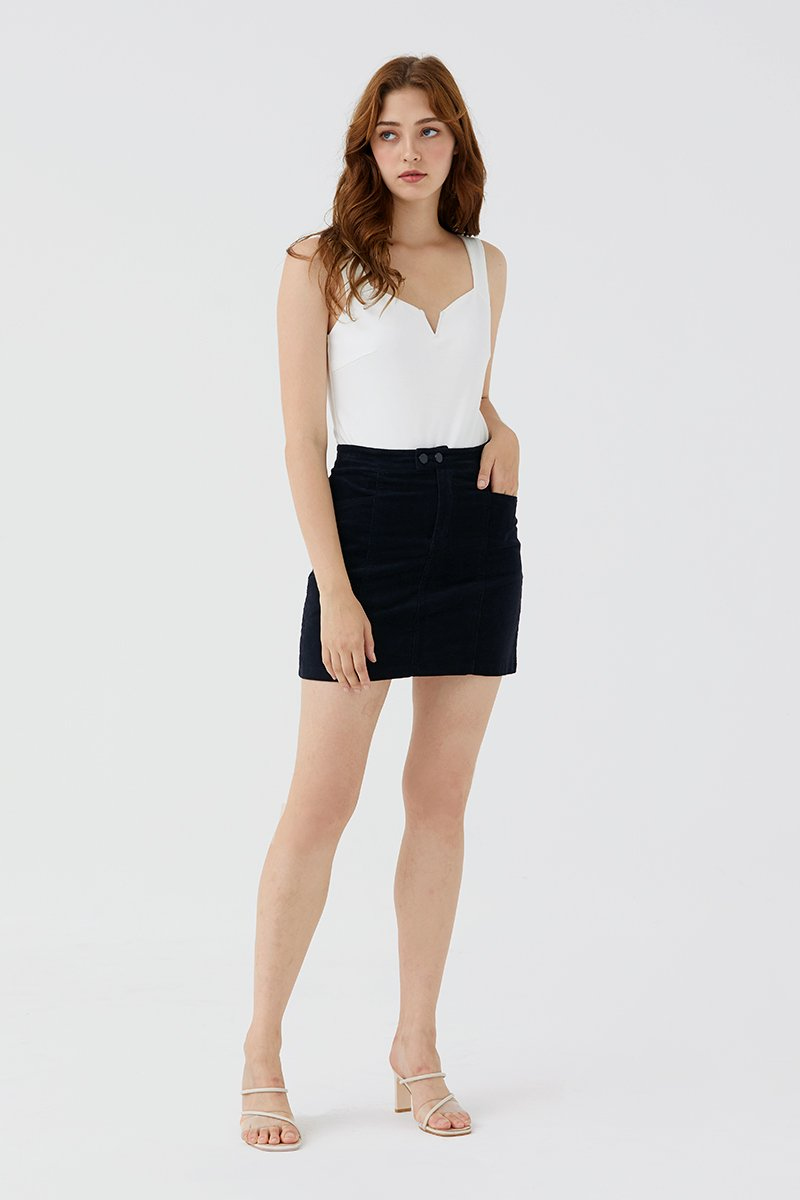 Quilla Skirt Black