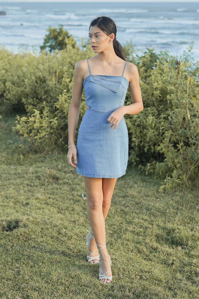 Camilie Denim Cut-out Dress Light Wash