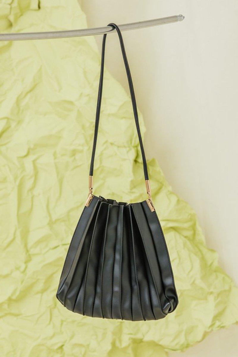 Casie Pleated Bag Black