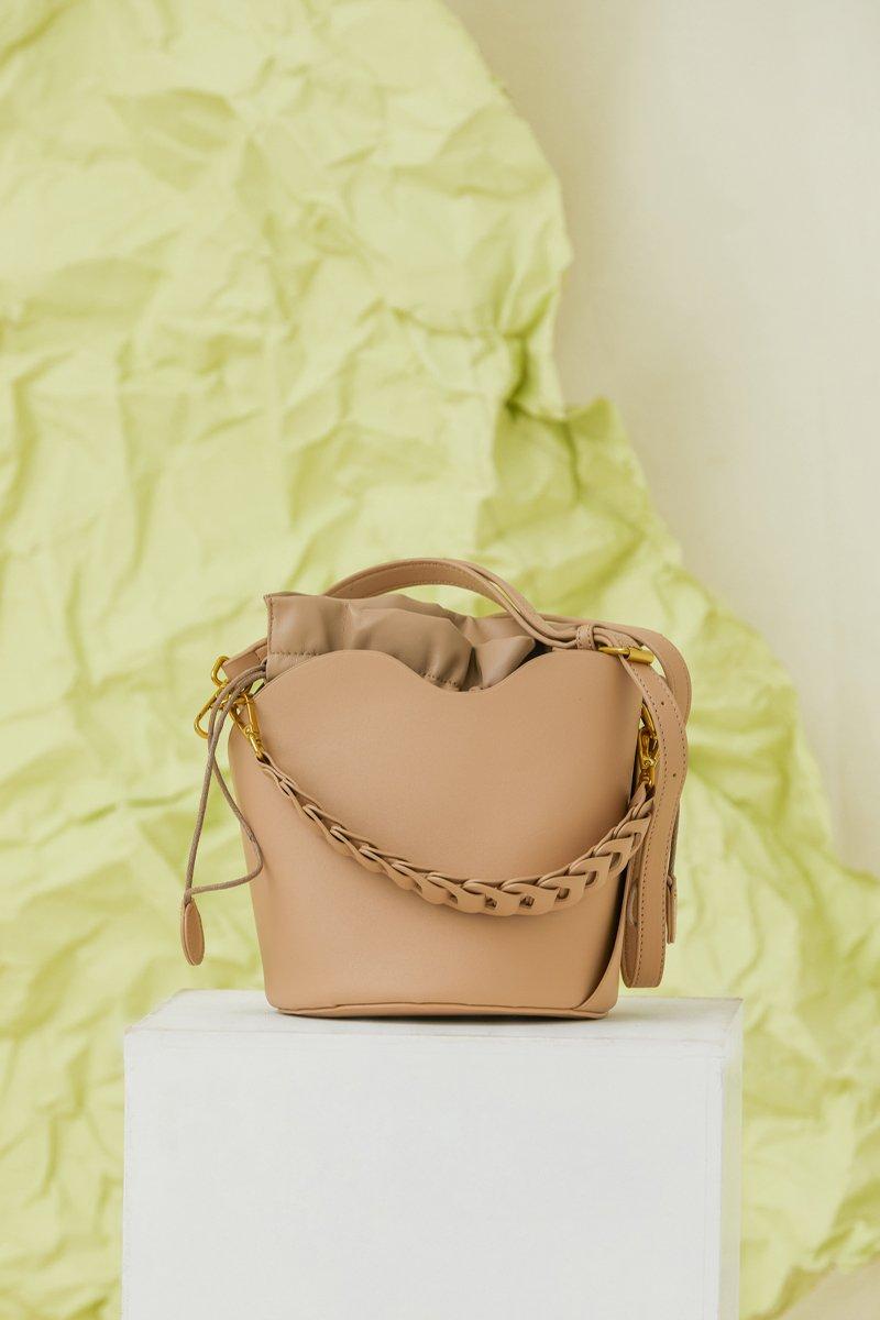 Beryle Bucket Bag Sand
