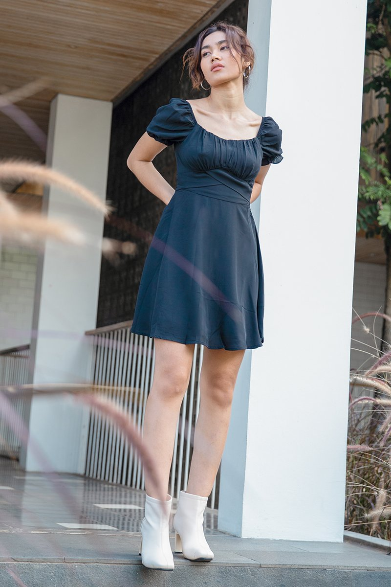 Airelle Puff Sleeve Ruched Dress Black
