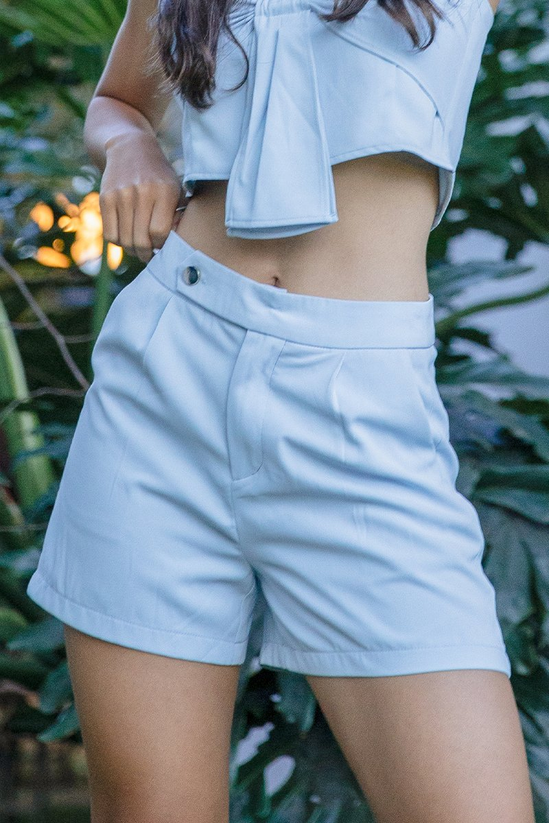 Raelle Flare Out Shorts Sky