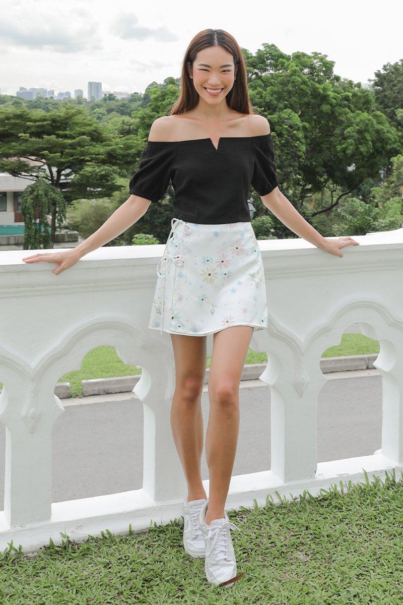 Zinnia Overlapped Skirt Ivory