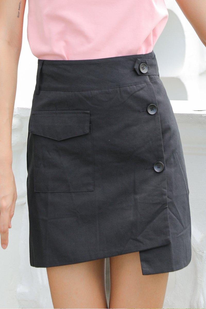 Zahara A Line Overlap Button Skirt Black