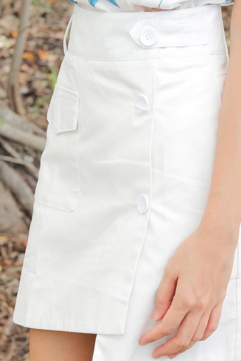 Zahara A Line Overlap Button Skirt Ivory